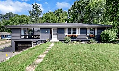 Building, 17316 Bay Cir, 1