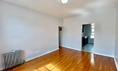 Living Room, 609 W 177th St 52, 1