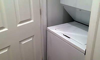 Bathroom, 1009 Bradish St, 2