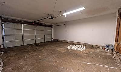 Bathroom, 1065 NW 6th St, 2