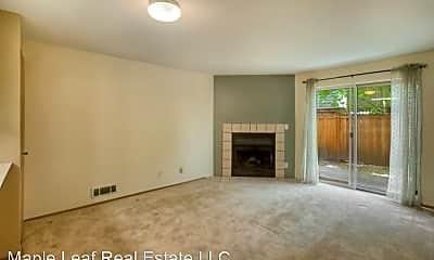 Living Room, 411 N 90th St, 1