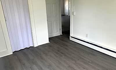 Bedroom, 34 River St, 2