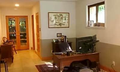 Living Room, 2107 Brintons Bridge Rd, 1