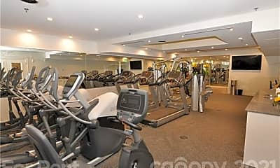 Fitness Weight Room, 127 N Tryon St 410, 2