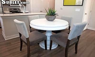 Dining Room, 730 N Walnut St, 1