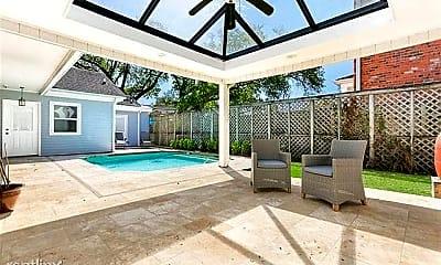Pool, 6565 Milne Blvd, 1