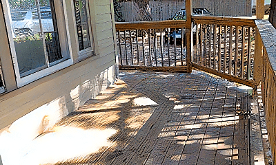 Patio / Deck, 602 6th Ave S, 1