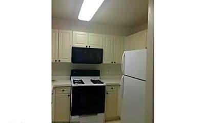 Kitchen, 20603 Cornstalk Terrace 302, 2