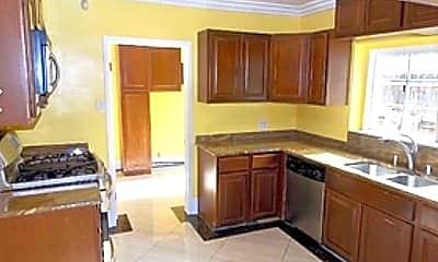Kitchen, 1706 S Wooster St, 0