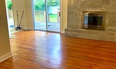 Living Room, 430 Heath Pl, 0
