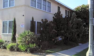 Le Park Apartments South, 2