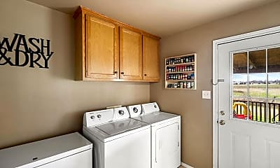 Kitchen, 449 Clarksville St, 2