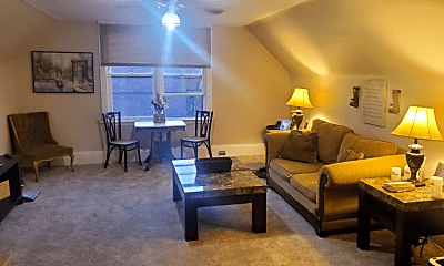 Living Room, 2041 Murray Hill Rd, 0