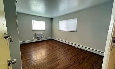 Living Room, 2515 Kenton St, 1