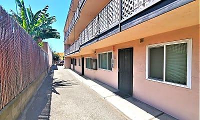 Building, 2830 International Blvd, 2