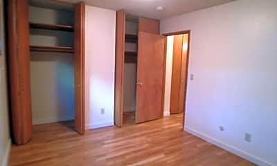 Bedroom, 2123 NE Halsey St, 0