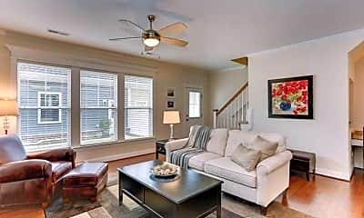 Living Room, 610 Towhee Ln, 1