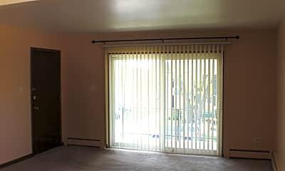 Living Room, 4513 Park Ave C, 1