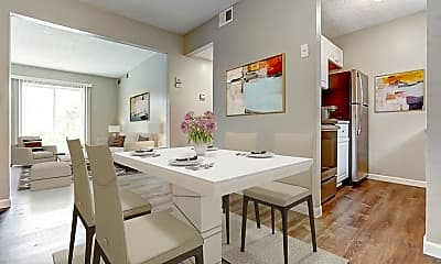 Dining Room, 6218 Cheviot Rd, 1