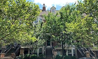 Building, 219 Stetson St, 1