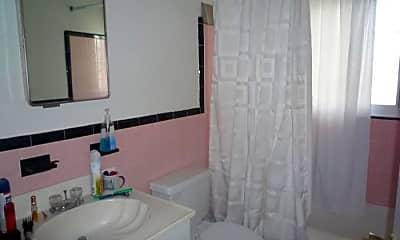Bathroom, 219 Massachusetts Ave, 2