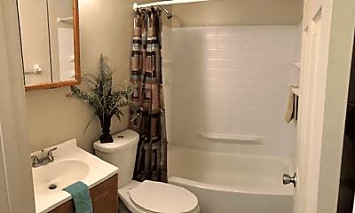 Bathroom, 5411 Southgate Blvd, 1