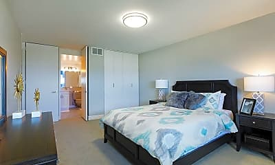 Bedroom, Jeffersonian Houze Apartments, 2