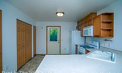Kitchen, 2875 S Donovan Dr, 1