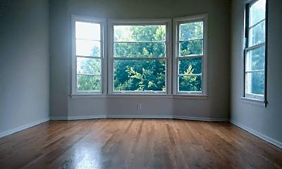 Living Room, 5641 San Vicente Blvd, 1