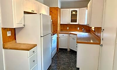 Kitchen, 7414 Bamberg Rd, 1