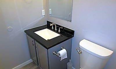 Bathroom, 2722 N Boeing Rd, 1