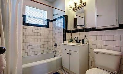 Bathroom, 710 Culbertson Dr, 1
