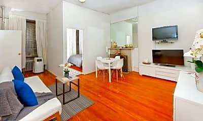 Living Room, 32 W 37th St, 1