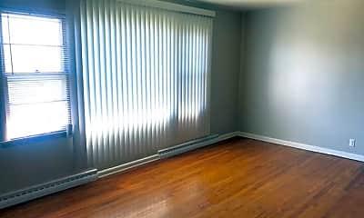 Living Room, 1142 E Singer Cir, 1