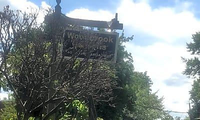 Woodbrook Gardens, 1
