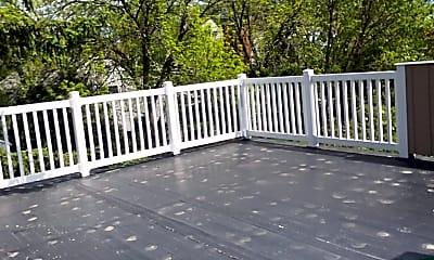Patio / Deck, 129 Larch Rd, 2