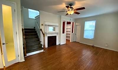 Living Room, 816 Laurel Hill Ln, 1