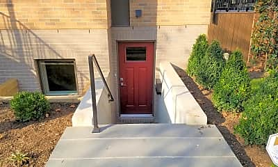 201121_Private entry.jpg, 3700 Connecticut Ave., 1