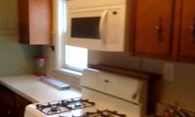 Kitchen, 240 E Pearl St, 1