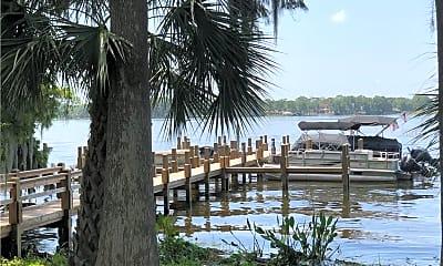 182 Lago Vista Blvd, 1