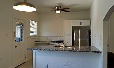 Kitchen, 703 W French Pl, 1