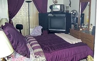 Bedroom, Willow Village, 2
