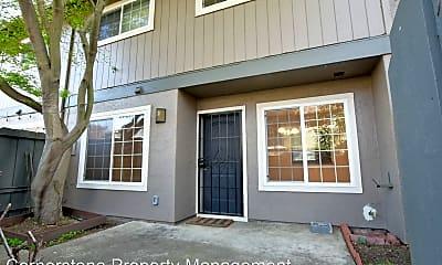 Building, 4794 Raspberry Pl, 0