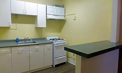 Kitchen, 28 E Pine St 28, 1
