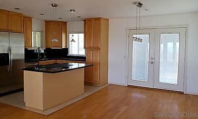 Kitchen, 2166 Oxford Ave 2, 1