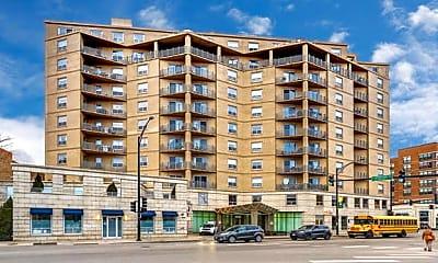 Building, 4350 N Broadway 303, 0
