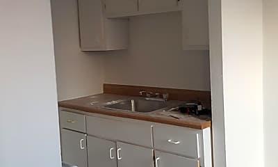 Kitchen, 3561 Itaska St, 0