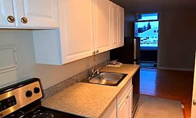 Kitchen, 910 10th Ave E, 1