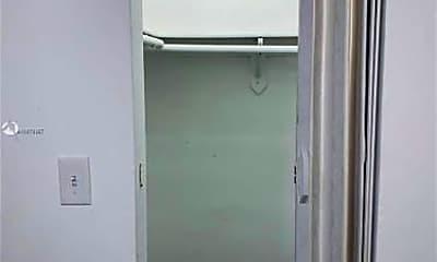 Bathroom, 220 NW 59th St, 2