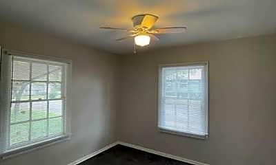 Bedroom, 2224 Cumberland Ave, 2